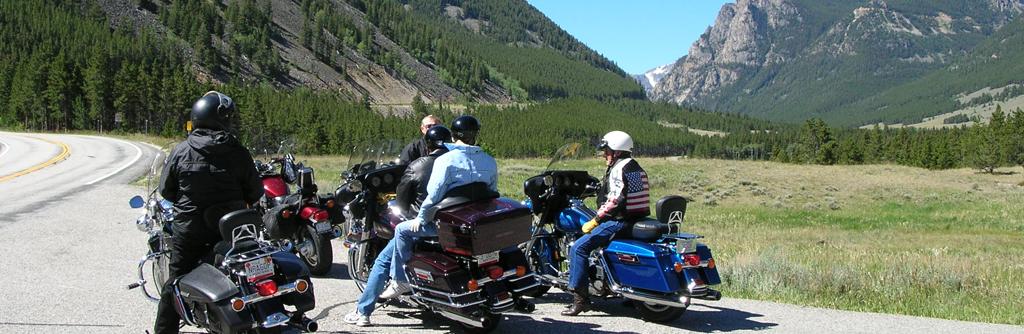 RidersStopped.BeartoothHighway.2006.DSCN3119